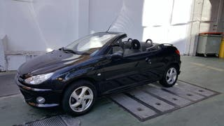 Se vende Peugeot 206 descapotable negro