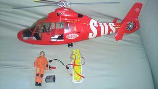 Helicoptero y figura madelman