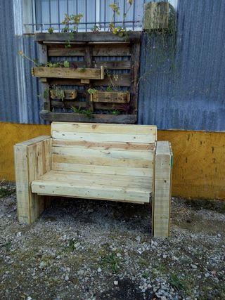 Sillon sof hecho de palet de segunda mano por 175 en for Wallapop murcia muebles