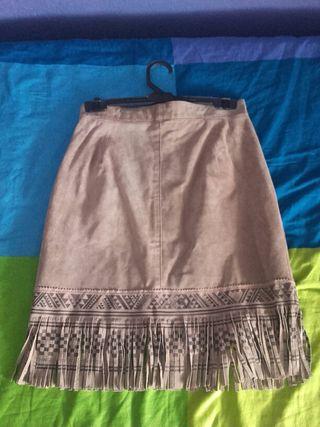 Faldas de cuero 100%