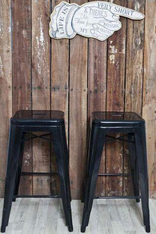 Taburete barra vintage negro