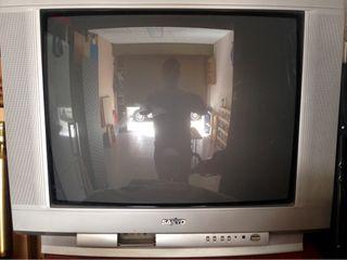 "URGE!! Tv, Televisor SANYO 28"" + Mando"