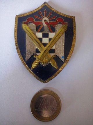 Insignia escudo Milicias universitarias Falange