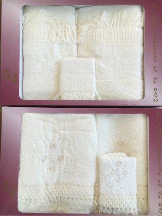 2 Juegos de toallas