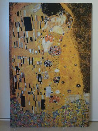 Lienzo EL BESO de Gustav Klimt 114x74 cm.