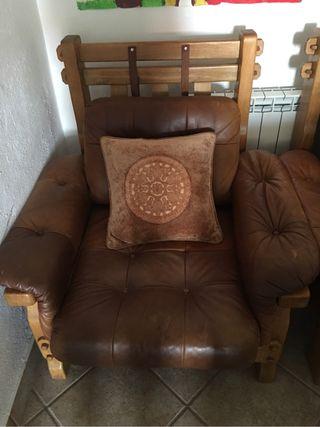 Sofá de 2 y sillón de uno todo en cuero marrón