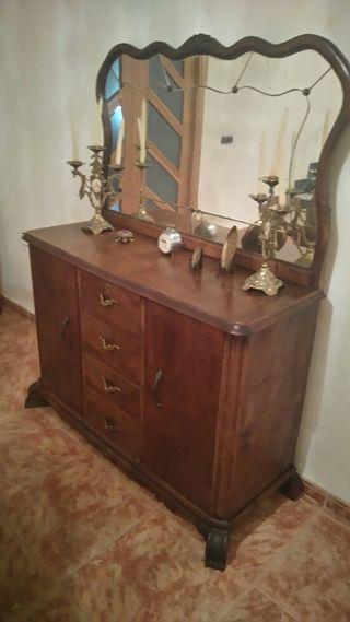 Mueble de antiguedad