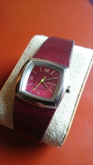 Reloj Donna Karan señora