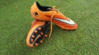 Botas de futbol talla 43 nike