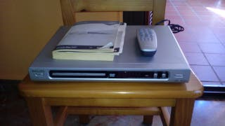 DVD PHILIPS CON SU MANDO