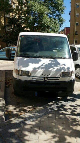 Furgoneta Peugeot Bóxer