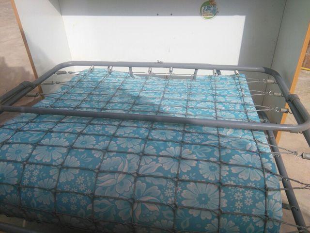 Mueble cama pegable