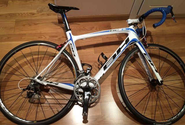 Bicicleta de carretera con potenciómetro