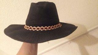 Sombrero playero muy estiloso
