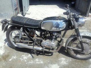 Ducati de luxe 250 cc