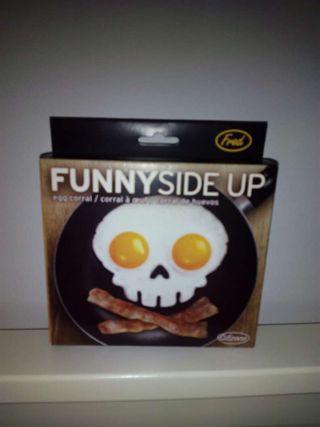 Molde huevos craneo