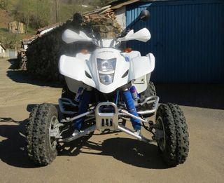 Suzuki ltz 400 se vende o cambia