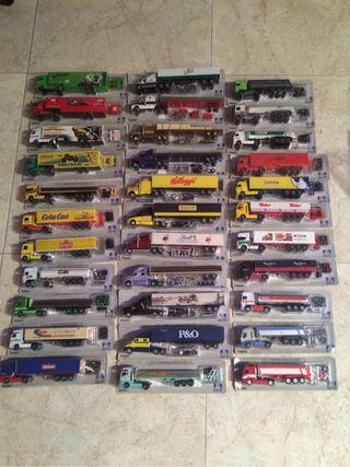 Camiones a escala 1:87 en miniatura