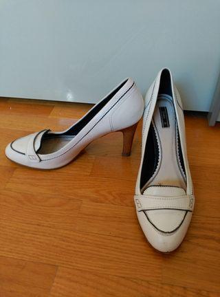 Zapatos blancos T. 39