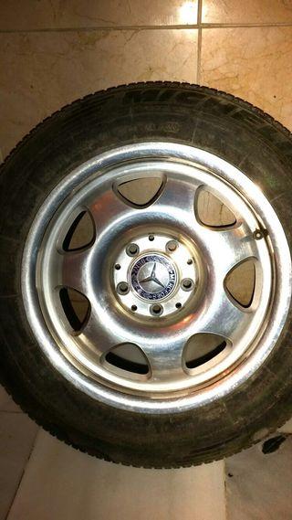 Llantas con neumáticos Mercedes SLK