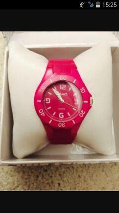Reloj marca Select con su caja