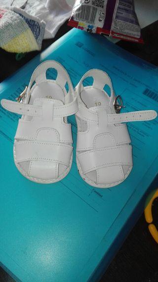 dos pares de Zandalias para bebe