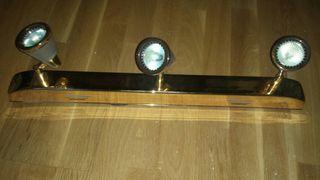 Lámpara de tres focos halógenos de techo