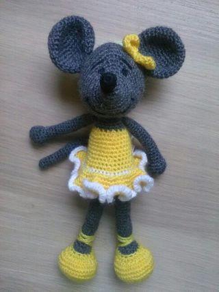 Ratita bailarina Amigurumi, crochet.Hecho a mano