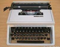 Máquina escribir Olivetti Dora. Regalo cinta