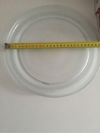 Plato microondas 28cm. y accesorio de giro