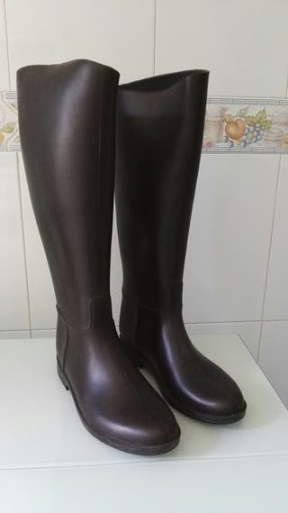 Botas lluvia marrones T40