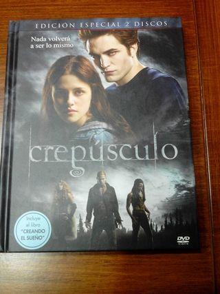 """Crepúsculo: 2 DVD + libro""""creando un sueño"""""""