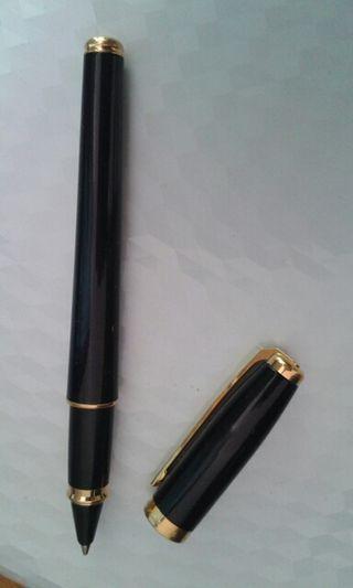 Roller Dupont Fidelio chapado en oro