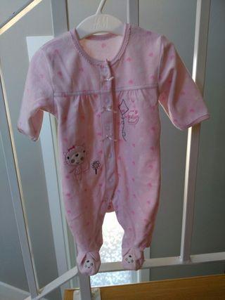 Pijama bebé. Varios modelos.
