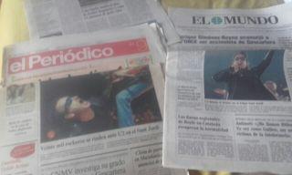 U2 lote de artículos de periodico concierto Palau Sant Jordi 2001.