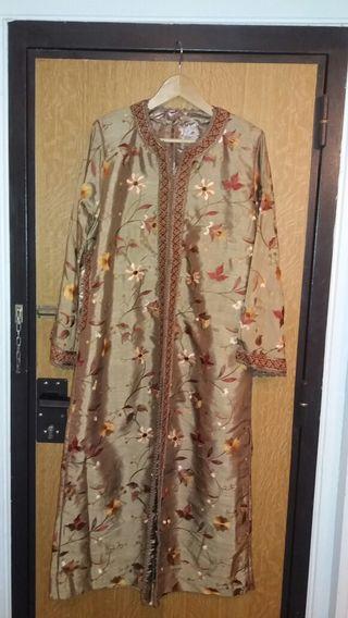 Caftan tekcheta robe marocaine marron