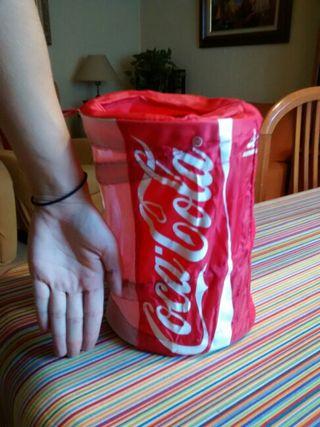 Guardacosas plegable Coca Cola