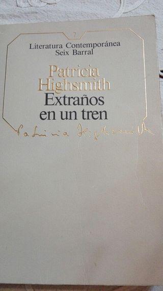 "Libro ""Extraños en un tren"" Patricia Highsmith"