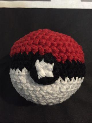 Pokeball grande amigurumi