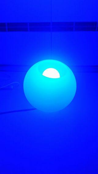 Vendo lámpara de colores NUEVA con mando a distancia ( 768 colores)