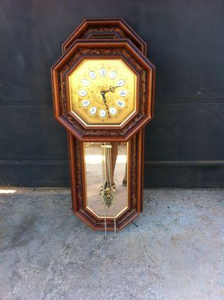 Reloj de pared con pendulo de segunda mano en la provincia de ... d2ac40a1e94e