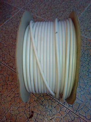 Rollo cable de antena
