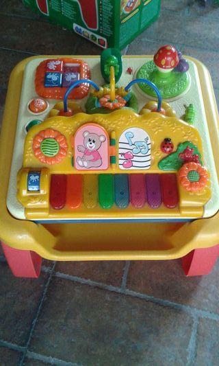 Piano electronico/centro de actividades chicco