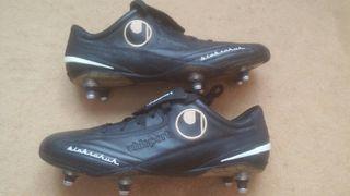 Botas de fútbol con tacos de aluminio
