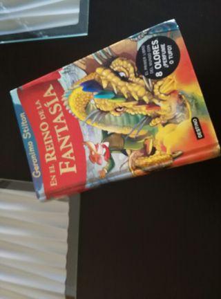 Libro «En el reino de la fantasía»