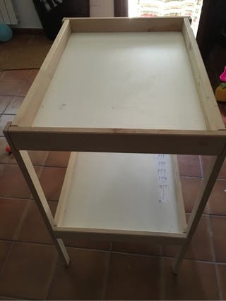 Cambiador Ikea madera