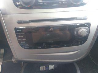 Radio seat original
