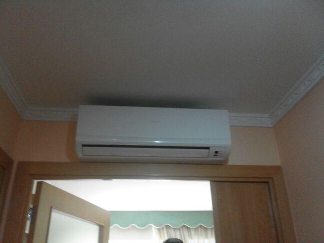 Instalador de aire acondicionado y técnico en repa