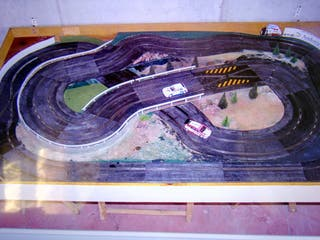 Maqueta de Rallye slot con pista scalextric,