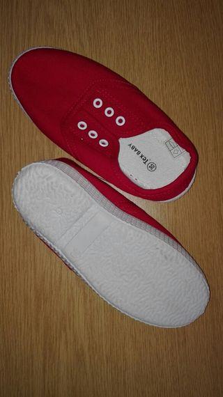 Zapatillas lona roja
